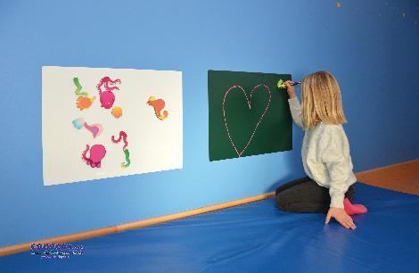 Magnetfolie Tafel 45 x 60 cm Selbsthaftend, ablösbar, magnetisch - Kisus e.K. - Kinder, Spiel und Spaß