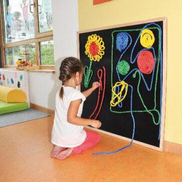 Klettboard 1x1 mtr. Fördert die Auge-Hand-Koordination ... Ob als Wandbild oder als Zielscheibe