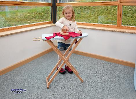 Bügelbrett mit Bügeleisen und Bezug Für glatte Puppenwäsche - Kisus e.K. - Kinder, Spiel und Spaß - kindergarten, kita, rollenspiel