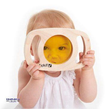 Entdeckergläser 6-tlg. Wie Welt mit anderen Augen sehen ... Mit Spiegel, durch Lupe oder farbige Acryl-Scheiben betrachtet gibt es selbst im gewohnten Umfeld viel Interessantes zu entdecken. Die transparenten Acryl- Elemente können für Farbmisch-Experimente - Kisus e.K. - Kinder, Spiel und Spaß - krippe, kinderkrippe. krippenausstattung