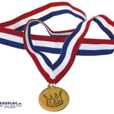 Medaille - Die krönende Auszeichnung ... und als Andenken an die sportliche Meisterleistung ist diese universelle Medaille mit hochwertigem Stoffband. Kisus e.K. - Kinder, Spiel und Spaß - rollenspiele, kindergarten, sommerfest