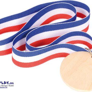 Medaille Holz Bemalen oder einbrennen ... Die Medaille aus Holz erlaubt eine neue Art, anerkannte Leistungen für immer zu würdigen: Die 3 mm starke Scheibe aus Holz kann beidseitig mit dem Brennstab gestaltet werden - oder natürlich auch herkömmlich bemalt und beschriftet werden.