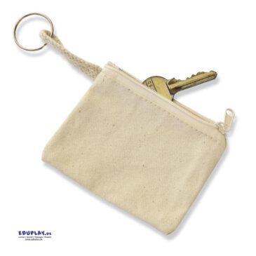 Baumwoll-Schlüsseletui Praktisch für die Schultasche oder den Kiga-Beutel ... Neben den Schlüsseln passen in das Täschchen auch ein bisschen Kleingeld oder Bonbons - so haben Kinder immer das Wichtigste einstecken.