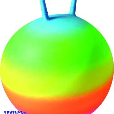 Regenbogen-Hüpfball Gute-Laune-Hüpfball ... Der Regenbogen-Hüpfball ist ein echter Hingucker - damit will bestimmt jedes Kind einmal hopsen und Spaß haben. An den Griffen kann man sich auch für große Sprünge gut festhalten. Stärkt die Beinmuskulatur, Koordination und den Gleichgewichtssinn. - Kisus e.K. - Kinder, Spiel und Spaß - kindergarten, kita, krippe, sportverein ausstattung