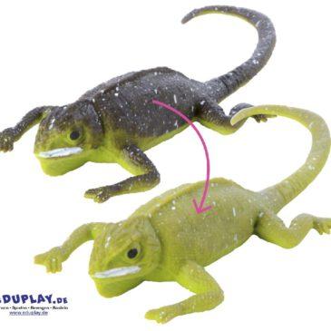 Farbwechsel-Echse Aus dunkel wird hell Wie ein Chamäleon verändern diese Echsen ihre Farbe von dunkel (kalt) in hell (warm). Der Effekt wird sofort sichtbar, wenn man die Gummitiere in verschieden temperiertes Wasser hält - die Kinder werden garantiert ihren Spaß dabei haben.